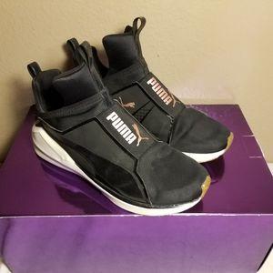 Puma Fierce VR Athletic Shoe